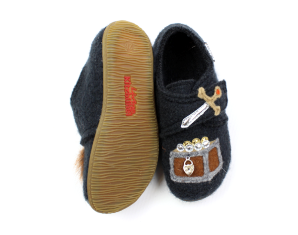Тапочки Living Kitzbühel slippers phantom with Vikings - фото 3