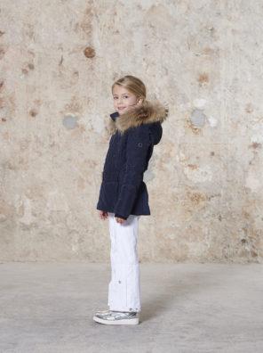 Детская куртка для девочки W20-1003-JRGL/A (с искусственным мехом) - фото 12